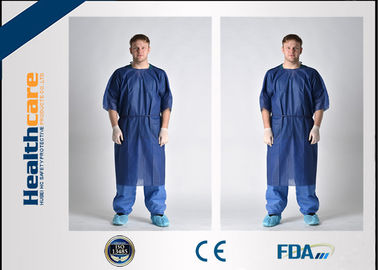 China Waterproof Short Sleeve Disposable Patient Gown PP / SMS / SMMS / SMMMS Material supplier