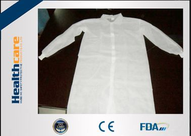 China Lightweight Disposable Lab Coat Non-woven White Coat With Two Pockets CE ISO Approval supplier