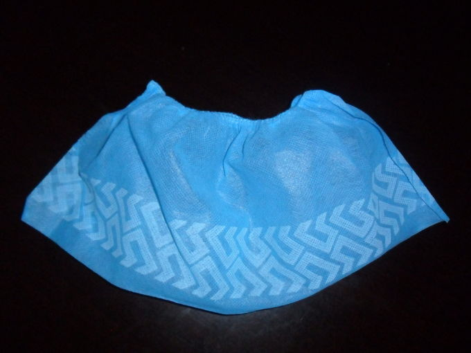 Non Skid Disposable Shoe Covers / Medical Booties Shoe Covers Breathable 35gsm